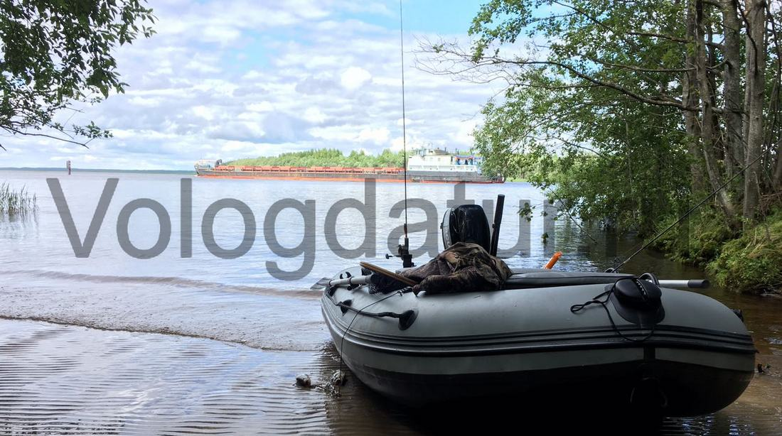 Судоходство на озере Белое в Вологодской области